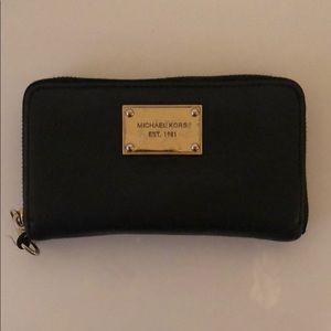 Michael Kors Black/Gold Long Wallet